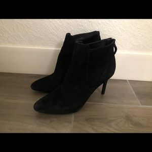 Cole Haan ankle boots Sz 8.5 suede